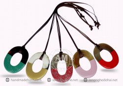 Lacquer Horn Necklace (1)